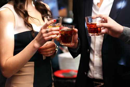 石川のギャラ飲みで相手にする男性