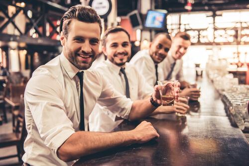ギャラ飲み男性の特徴